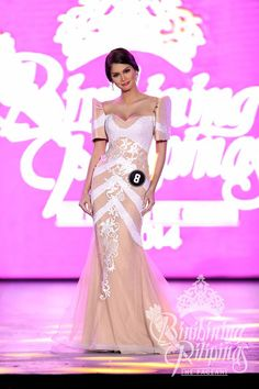 Binibining Pilipinas 2014 Specials: The 10 Best National Costumes! Maria Clara Dress Philippines, Philippines Dress, Philippines Fashion, Modern Filipiniana Gown, Filipiniana Wedding, Cute Dresses, Prom Dresses, Mermaid Gown, Asian Fashion