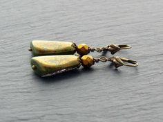 Ohrringe - Gold & Grün  von Perlenfontäne auf DaWanda.com