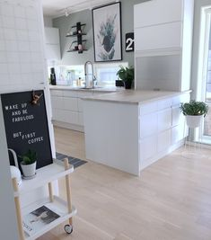 He could smash the stubble - The Home Decor Trends Home Decor Kitchen, Kitchen Interior, Home Kitchens, Küchen Design, House Design, Interior Design, Sweet Home, Interior Minimalista, Home Decor Trends