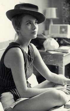 Jean Seberg was the epitome of effortless glamour #styleicon
