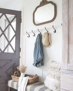 NEW account name!! Formerly known as littlebitsofeverythinginc former sign maker turned blogger, DIYER but always all things farmhouse inspired!