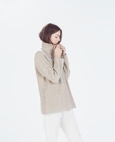 Image 4 de PULL EXTRA-LARGE BICOLORE de Zara