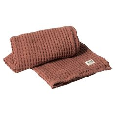 Organic Bath Towel Ferm Living Adult- A large selection of Design on Smallable, the Family Concept Store - More than 600 brands. Linen Towels, Bath Towels, Modern Luxury Bathroom, Luxury Towels, Organic Living, Bath Linens, Burke Decor, Rust, Common People