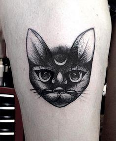 #tattoofriday, brasileiro Ricardo Garcia - Blackwork tattoos e pontilhismo;