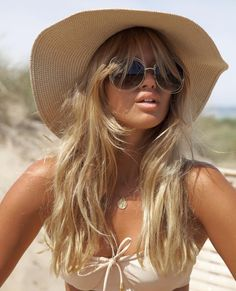 Bikini addict Archives - Page 6 of 34 - Matilda Djerf Beach Blonde, Beach Hair, Tan Girls, Outfits With Hats, Summer Hairstyles, Summer Looks, Summer Vibes, Hair Goals, Stylish Clothes
