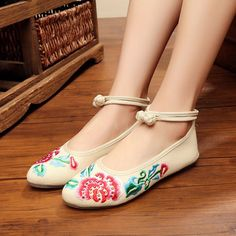 Lace Up Women Embroidery Floral Casual Canvas Flat Outdoor Loafers Flat Dress Shoes, Pump Shoes, Women's Shoes, Cute Girl Shoes, Girls Shoes, Loafers For Women Outfit, Shoes With Jeans, Womens Shoes Wedges, Fashion Shoes