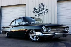 The team at Gas Monkey Garage recently completed a full restoration of a one owner 1960 Chevrolet Bel Air.The custom comes fitted with a new set