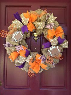 Clemson Tiger Wreath, Clemson