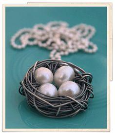 messy nest necklace