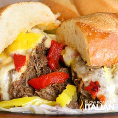Top 10 Best Ever Slow Cooker Dinners Italian Beef - Yommm. Hope it tastes like Portillo's Chicago Italian Beef. Italian Beef Recipes, Slow Cooker Italian Beef, Italian Beef Sandwiches, The Slow Roasted Italian, Slow Cooked Beef, Crock Pot Slow Cooker, Best Crockpot Recipes, Slow Cooker Recipes, Cooking Recipes