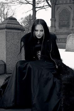 Photos et vidéos de TheGothicLife (@TheGothicLife) | Twitter