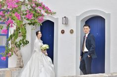 Creta Maris Beach Resort in Hersonissos, Crete is ideal for elopement and romantic weddings by the sea. Crete Heraklion, Crete Hotels, Romantic Weddings, Beach Resorts, Sea, Luxury, Wedding Dresses, Bride Dresses, Bridal Gowns