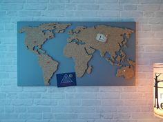 Magnetische Pinnwand aus Kork als Weltkarte - ein Designerstück von merkecht bei DaWanda