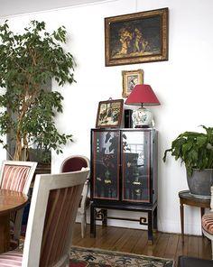 Clara, Paris 18ème - Inside Closet