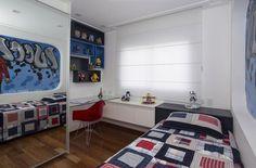 prateleiras para quarto de menino colcha xadrez erica salguero