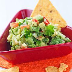 Guacamole   K-ruoka #vegaani Fall Recipes, Healthy Recipes, Healthy Food, My Cookbook, Guacamole, Tex Mex, Lettuce, Potato Salad, Chili