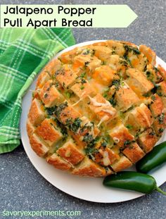 Jalapeno Popper Pull Apart Bread - one seriously addictive cheesy, gooey, spicy bread! - Savory Experiments