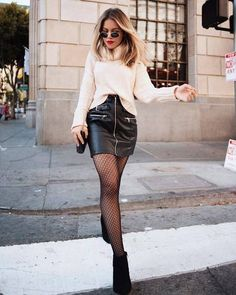 53 Impressive Leather Skirt Style Ideas For - Edgy Outfits, Winter Fashion Outfits, Look Fashion, Skirt Fashion, Cool Outfits, Autumn Fashion, Grey Fashion, Fashion Fashion, Rock Chic Outfits