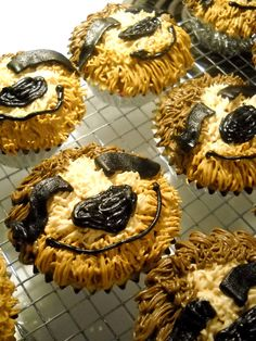 Sloth Cupcakes 7th Birthday, Birthday Ideas, Birthday Cakes, Birthday Parties, Happy Birthday, Cupcake Cookies, Sugar Cookies, Cupcakes, Sloth Cakes