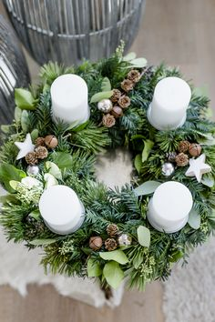 Christmas snippets for the first Advent cozy Christmas advent wreath, Christmas .Christmas snippets for the first Advent cozy Christmas advent wreath, Christmas snippets for the first Advent, pomponetti adventskranz dekoGreat Pictures creative House Christmas Advent Wreath, Cozy Christmas, Christmas Time, Christmas Crafts, Christmas Decorations, Holiday, Advent Wreaths, Christmas Centerpieces, Xmas