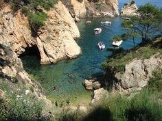 No hay nada mejor que disfrutar de una piscina natural for Piscinas naturales begur