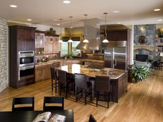Plan 101S-0015 | Love this kitchen | houseplansandmore.com