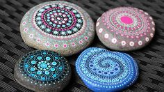 Flussteine bemalen Rock Art, Painted Rocks, Painting On Stones, Mandala Rocks, Natural Stones, Painting Art, Stone Art, Pebble Art