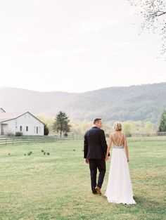 Krajicek Wedding Photo By SHANNON MOFFIT PHOTOGRAPHY
