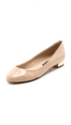 Extra flare for this nude flat!