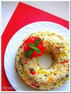 Ένα εντυπωσιακό ρύζι για επίσημο ή ακόμη και για καθημερινό τραπέζι. Υλικά 5 κούπες νερό 2 κούπες ρύζι για πιλάφι 2 κ.γ. αλάτι 1 κούπα καλαμ... Greek Recipes, Rice Recipes, Recipies, Kitchen Hacks, Bagel, Food And Drink, Bread, Blog, Recipes