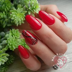 Red Nail Art, Red Nails, Hair And Nails, Cute Nails, Pretty Nails, Red Nail Designs, Latest Nail Art, Gelish Nails, Glue On Nails