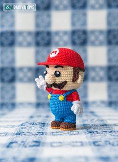 Crochet patrones de Mario de Super Mario Bros. Archivo por Aradiya