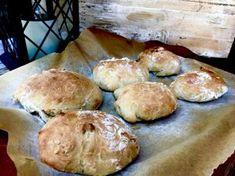 Zdjęcie: 4 składnikowe bułeczki bez zagniatania Hamburger, Bread, Food, Brot, Essen, Baking, Burgers, Meals, Breads