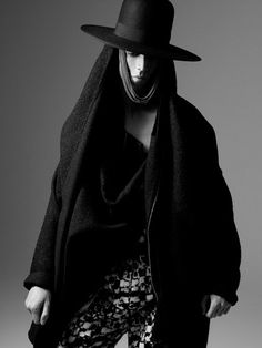 Avant-Garde Men's Fashion | ... CREATURES AUTUMN/WINTER 2010/11 MEN'S COLLECTION CAMPAIGN/LOOKBOOK