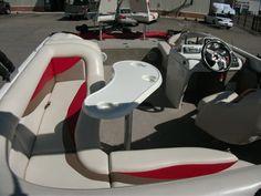 2007 Lowe 224 Tahiti SunCruiser Deck Boat 004