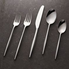 Crate & Barrel Facet 20-Piece Flatware Set ($150) ❤ liked on Polyvore featuring home, kitchen & dining, flatware, stainless silverware sets, stainless silverware, stainless flatware sets, stainless steel silverware set and crate and barrel flatware sets