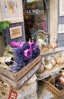 Lavender at Les Baux de Provence, France http://www.softseattravel.com/Abbey-of-Senanque-Lavender-Gordes-Provence-France.html