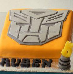 transformer cake by Simply Cupcake, via Flickr