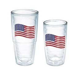 These flag tumblers are perfect for your July 4th BBQ!