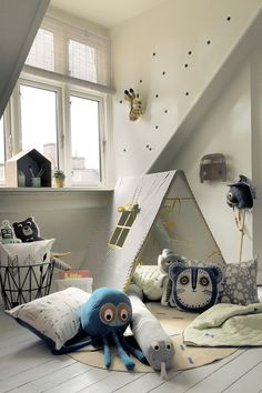Here is a change! Let your kids go camping in the kids room or outside when it is summertime. The striped Ferm Living tent with two windows is made of soft cotton with a foldable wooden frame. Playroom Design, Kids Room Design, Kids Living Rooms, Kids Bedroom, Teen Rooms, Room Wall Decor, Bedroom Decor, Moderne Couch, Design Tisch