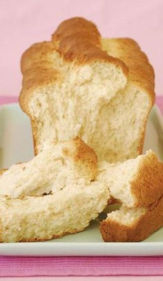 Yoghurt and condensed milk rusks South African Dishes, South African Recipes, Kos, Scones, Baking Recipes, Dessert Recipes, Bread Recipes, Baking Breads, Baking Cakes