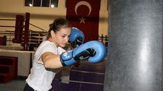 Turkey's Çakıroğlu claims silver in women's boxing Turkey's Buse Naz Çakıroğlu has claimed the silver medal in the Women's World Boxing Championship in the category after losing to Russia's Liliya Aetbaeva. Cakiroglu, in the. 51 Kg, World Boxing, Sky News, The Championship, Boxing News, Sports, Silver, Turkey, Women