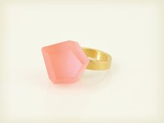 Vu - coral red, gold ring - =PYO=