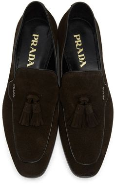 Prada - Brown Suede Tassel Loafers  mensdressshoes Belle Chaussure,  Chaussures Homme, Pieds D 355029d47e83