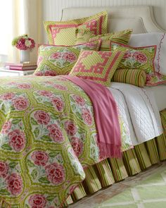 Graphic - Bedding Boutiques - Bedding - Home - Neiman Marcus