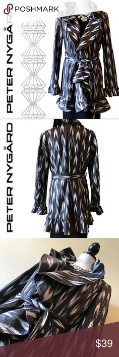 Peter Nygård Jacket Gorgeous Peter Nygård lightweight jacket, perfect for a chilly fall day! EUC Peter Nygard Jackets & Coats