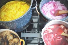 Fab little blog post from Abel & Cole - Veg DIY Fabric Dye - Use up any left over veg to brighten up old fabric!