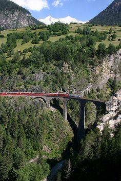 Landwasser viaduct near Filisur, Graubünden, Switzerland