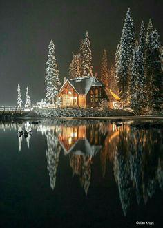 Emerald lake,British Columbia Canada