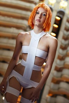Victoria as Leeloo from The Fifth Element, by Anna Fischer at DragonCon. Pop Culture Halloween Costume, Creative Halloween Costumes, Cool Costumes, Diy Halloween, Costume Ideas, Group Halloween, Halloween Makeup, Unique Costumes, Hero Costumes